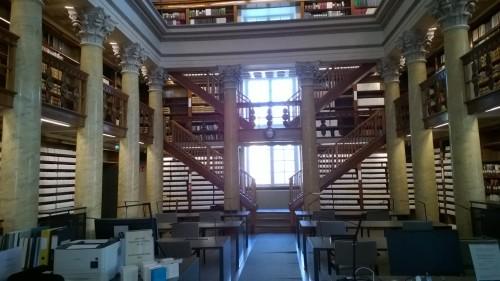 kirjasto4.jpg